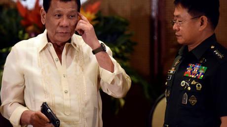 President Rodrigo Duterte (FILE PHOTO) © REUTERS/Dondi Tawatao