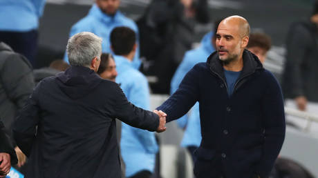 Mourinho and Guardiola meet again on Saturday. © Reuters