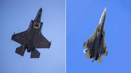(L) F-35 figher plane © AFP/Eric Baradat; (R) Su-57 fighter plane © AP Photo/Alexander Zemlianichenko