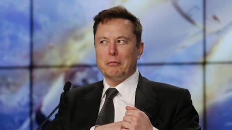 FILE PHOTO: Tesla CEO Elon Musk © Reuters / Joe Skipper