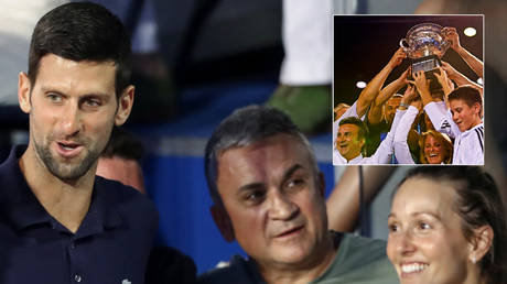 Tennis star Novak Djokovic (left) and his father, Srdjan (second from left) © Marko Djurica / Reuters   © Darren Whiteside / Reuters
