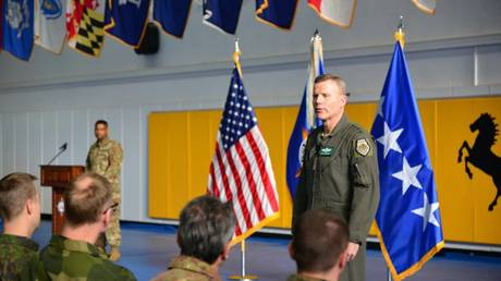 U.S. European Command, Air Force General Tod D. Wolters © U.S. Dept of Defense