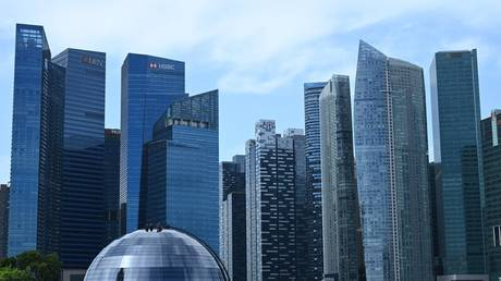 4 Brits PERMANENTLY banned from working in Singapore for breaking Covid-19 restrictions RT News RSS Feed RT NEWS RSS FEED : PHOTO / CONTENTS  FROM  RT.COM #NEWS #EDUCRATSWEB