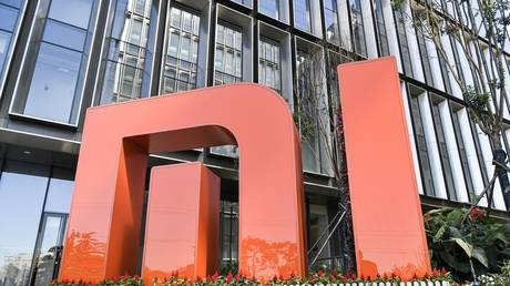 FILE PHOTO: Logo of Xiaomi outside its building in Beijing, China © Global Look Press / ZUMA Press/ Niu Bo
