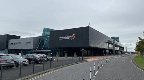 After US apologizes to Ireland for soldiers breaking Covid-19 rules during flight stopover, Irish FM confirms two MORE incidents RT News RSS Feed RT NEWS RSS FEED : PHOTO / CONTENTS  FROM  RT.COM #NEWS #EDUCRATSWEB