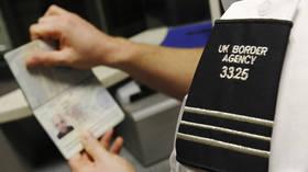 Vaccinpaspoorten zullen waarschijnlijk nodig zijn om naar het buitenland te reizen, maar nog steeds geen plannen voor 'binnenlandse' ID, zegt de Britse transportsecretaris