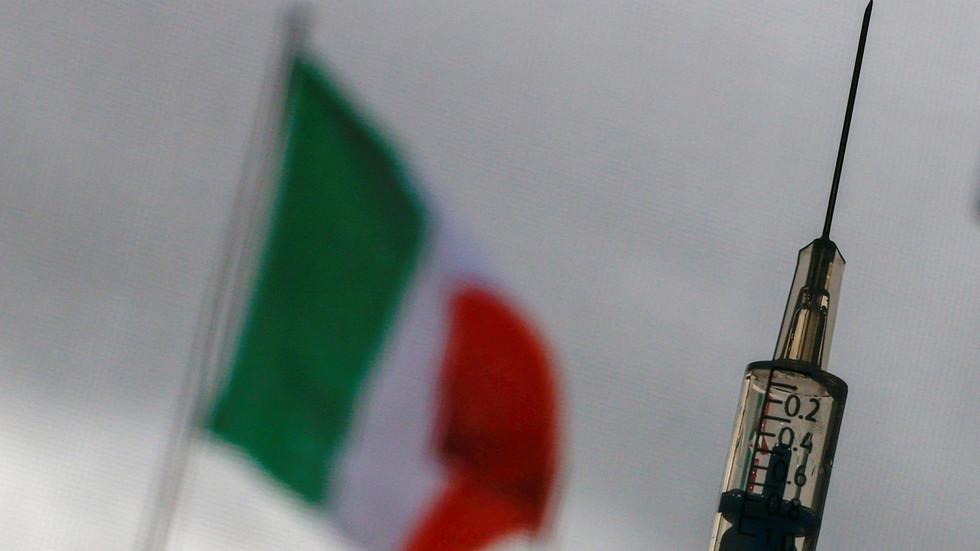 Italienischer Staatsanwalt beschlagnahmt Charge von AstraZeneca-Impfstoffen und leitet Ermittlungen wegen Totschlags ein