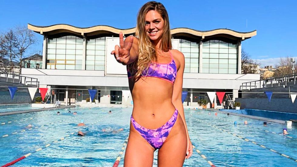 Yulia Efimova celebrates her return to Russia with bikini snap