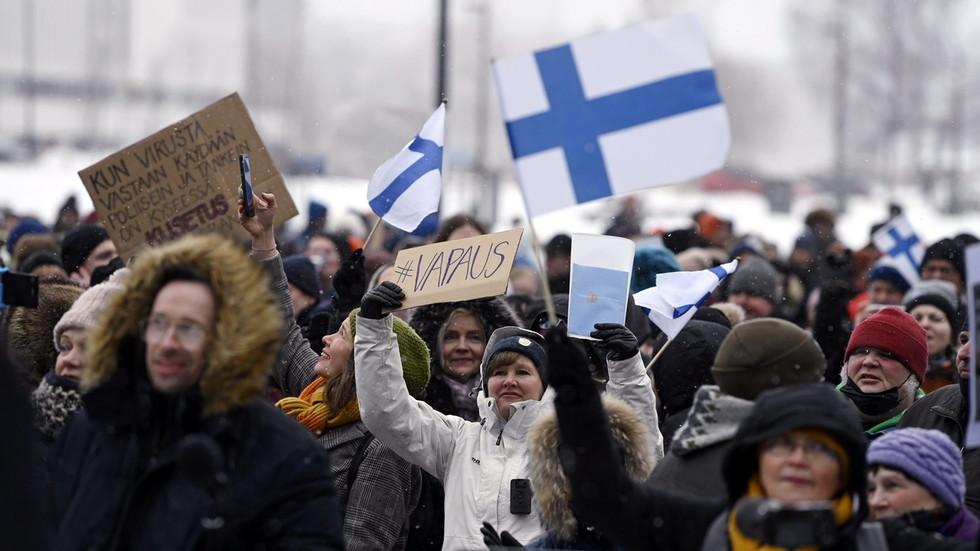 Die finnische Regierung beendet Lockdowns in verschiedenen Städte, da die Maßnahmen vom Verfassungsrechtsausschuss des Landes als illegal eingestuft wurden