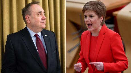 (L)Alex Salmond ©️ AFP / LEON NEAL; (R) Nicola Sturgeon  © AFP / Jeff J Mitchell