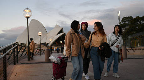 Beijing 'deeply concerned' by increasing acts of discrimination against ethnic Chinese and other Asians in Australia thumbnail