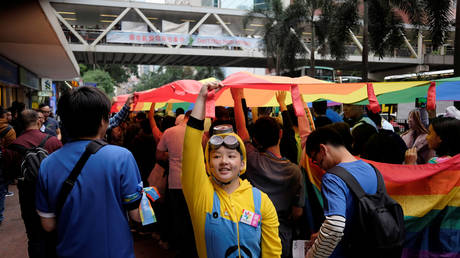 Supporters of LGBT rights take part in the annual pride parade in Hong Kong © Reuters / Bobby Yip