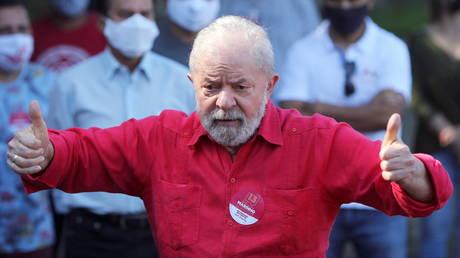 FILE PHOTO: Brazil's former president, Luiz Inacio Lula da Silva © Reuters / Amanda Perobelli