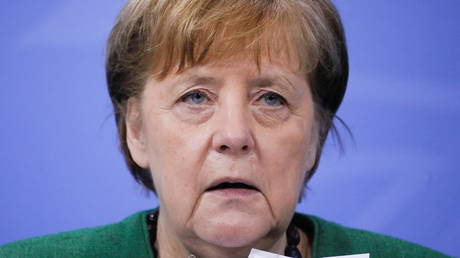 FILE PHOTO: Angela Merkel attends a news conference following a summit at the chancellery in Berlin, Germany, March 9, 2021 © Reuters / Markus Schreiber
