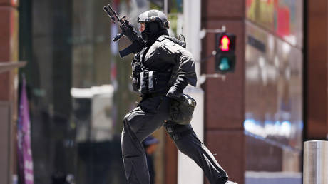 Responding to terror incident in Sydney, Australia. (FILE PHOTO) © Reuters / David Gray