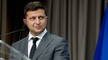 FILE PHOTO. Ukrainian President Volodymyr Zelensky gives a press conference at the end of an EU-Ukraine Summit at the European Council in Brussels, Belgium, October 6, 2020. © Reuters / Stephanie Lecocq