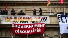 Activists occupy Paris theater as protesters across France demand cultural venues reopen despite Covid-19 fears (VIDEOS)