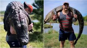 'What kind of training is this?' NFL star Wyatt Teller slays 200lbs alligator, hauls it on his back (VIDEO)