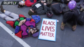 'Die-in' in NYC & vandalism in LA as protesters mark 1yr anniversary of Breonna Taylor's death (VIDEOS)