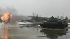 Russianness overload? WATCH effigy from start-of-spring 'Maslenitsa' festival obliterated by iconic WW2-era T-34 battle tank