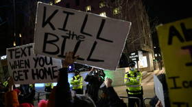 House of Commons passes 'draconian' policing bill that vastly expands protest crackdown & boosts penalties for 'public disorder'