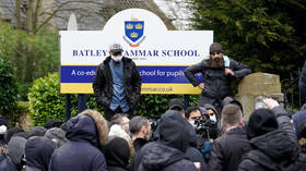'Very disturbing': UK ministers speak out against threats & intimidation at protests over showing Mohammed caricature at school