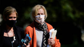 Dr. Birx tells CNN hundreds of thousands of Covid-19 deaths 'could have been mitigated,' blasted as 'complicit'