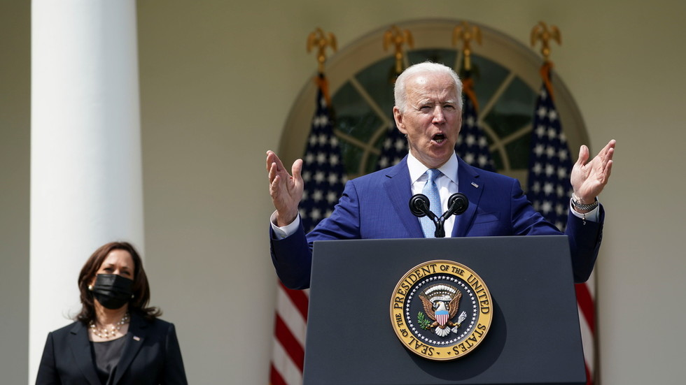 'Ghost guns' & 'red flags': Biden calls gun violence an 'epidemic,' fires off anti-gun executive orders