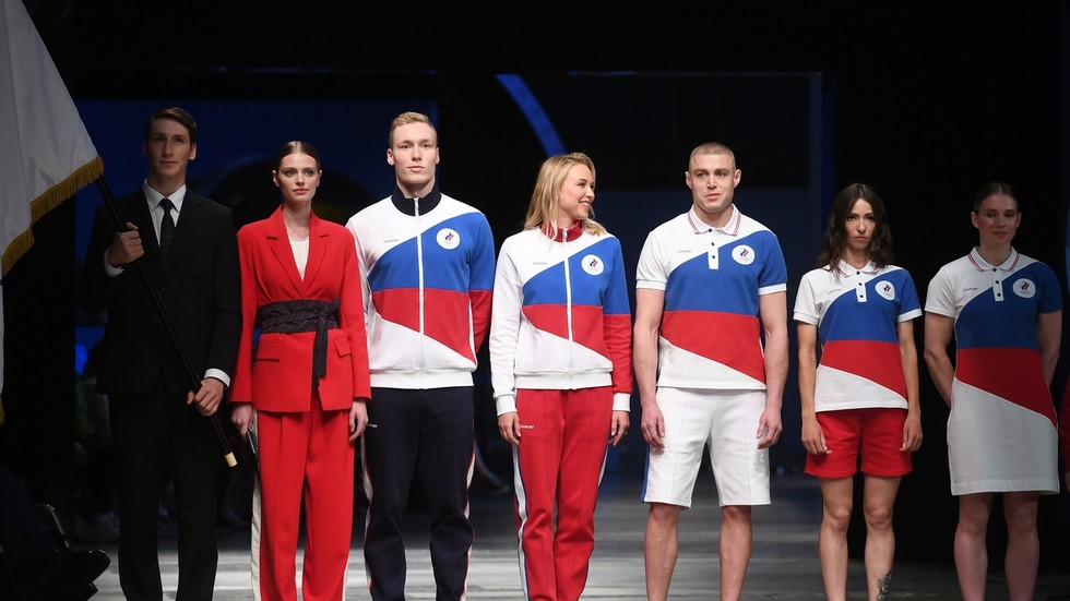 Is the Russian flag banned? Western media fumes