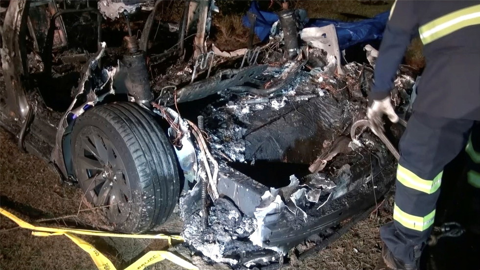 Elon Musk draws flak after claiming data logs clear Tesla's 'Autopilot' of blame in fatal 'driverless' vehicle crash
