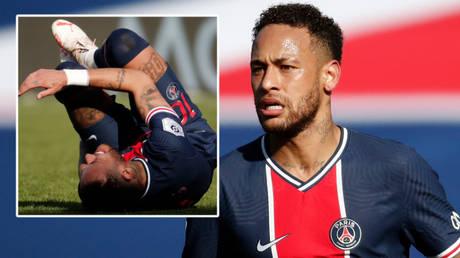Neymar was sent off as Paris Saint-Germain lost to Lille in Ligue 1 © Benoit Tessier / Reuters