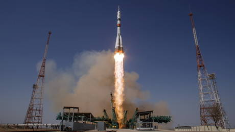 The Soyuz MS-18 spacecraft carrying the crew formed of Mark Vande Hei of NASA and cosmonauts Oleg Novitskiy and Pyotr Dubrov of Roscosmos blasts off to the International Space Station (ISS) from the launchpad at the Baikonur Cosmodrome, Kazakhstan April 9, 2021.