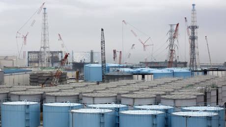 FILE PHOTO: Storage tanks for contaminated water stand at the Fukushima Dai-ichi nuclear power plant of the Tokyo Electric Power Company (TEPCO) in Okuma town, Fukushima prefecture, northeastern Japan.