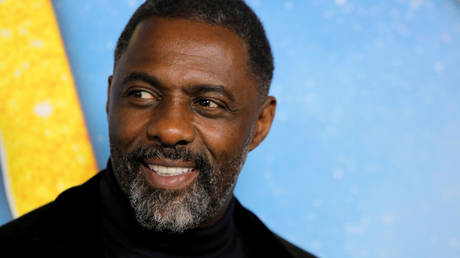"""FILE PHOTO: Actor Idris Elba arrives for the world premiere of the movie """"Cats"""" in Manhattan, New York, US, December 16, 2019."""
