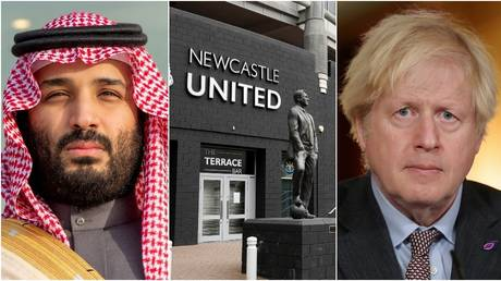 Bin Salman reportedly lobbied Johnson over the deal for Newcastle. © Reuters / Saudi Royal Court