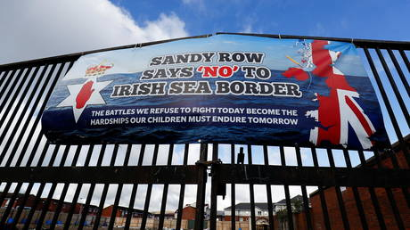 A banner on a gate on Sandy Row street is pictured, following a week of violence, in Belfast, Northern Ireland, (FILE PHOTO) © REUTERS/Jason Cairnduff