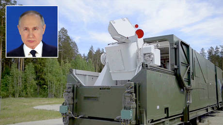 Peresvet (laser weapon) © Wikipedia; (inset) Vladimir Putin © Sputnik / Mikhail Klimentyev