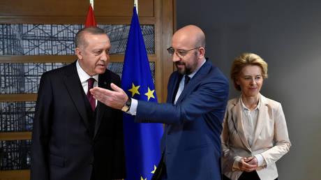 EU Council President Charles Michel (C), European Commission President Ursula von der Leyen (R) and Turkish President Tayyip Erdogan (L), Brussels, Belgium, March 9, 2020
