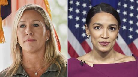 (L) Marjorie Taylor Greene © REUTERS / Elijah Nouvelage; (R) Alexandria Ocasio Cortez © DEMOCRATIC NATIONAL CONVENTION / AFP