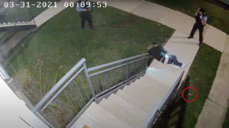 Video released by COPA on April 28, 2021 showed Anthony Alvarez dropping a gun after he was fatally shot by Chicago police officers during a foot chase.