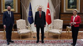EU flags 'deep worries' over Turkey's human rights stance, praises approach to Syrian refugees after 'frank' talks with Erdogan