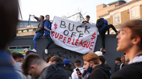 Furious Man Utd fans 'blockade' training ground, demand to speak to Solskjaer over Super League fiasco and want Glazers out