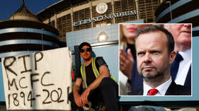 Five remaining Premier League sides join Chelsea in withdrawing from European Super League as Man United supremo Woodward resigns