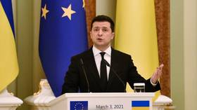 Ukrainian President Zelensky proposes face-to-face meeting with Putin in war-torn Donbass & emphasizes Western support for Kiev