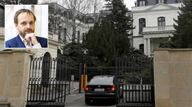 Czech Republic set to order all but 5 of Russia's diplomats out of country in escalating tit-for-tat over spying & sabotage claims
