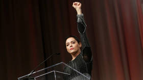 Rose McGowan tells Democrats they are in a cult, and their whining, defensive responses prove her right