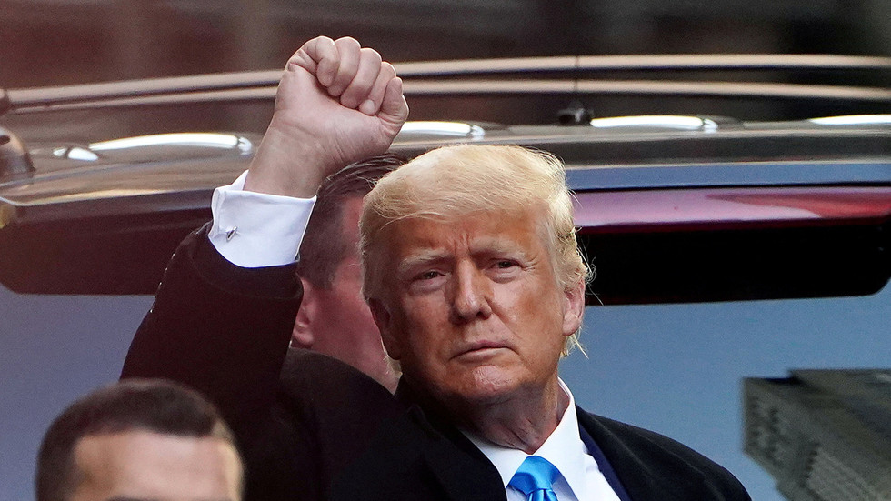 Trump rips Facebook, Twitter, Google for taking 'free speech' away from him to appease 'radical left lunatics'
