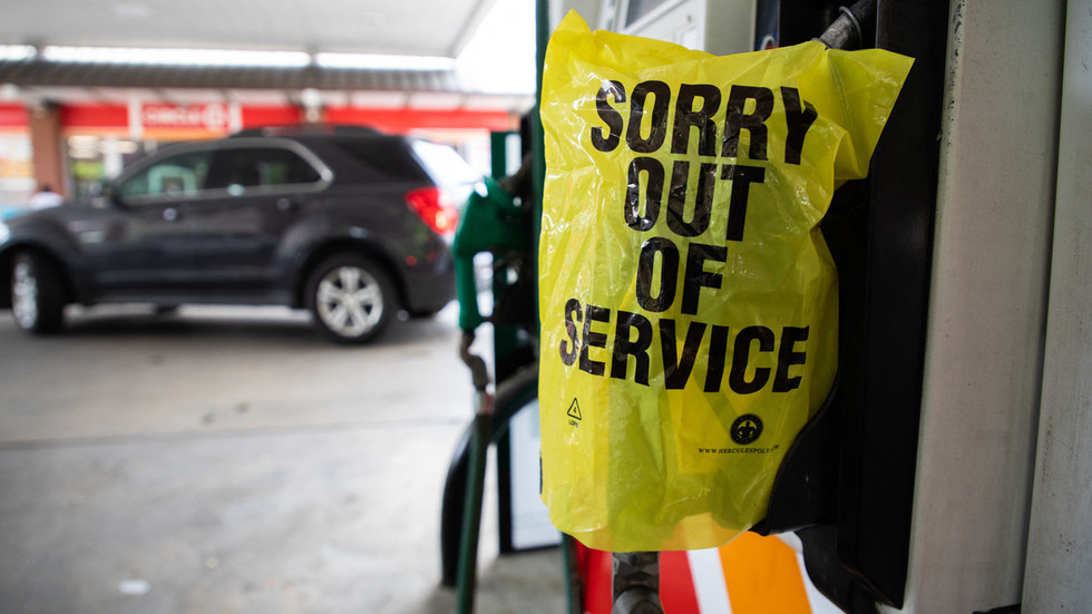 US fuel shortage 'NIGHTMARE' a direct consequence of terrible policy decisions – analyst