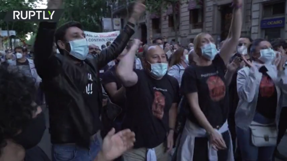 Hundreds take to streets in Barcelona to protest closure of Nissan plants, as thousands fear losing jobs (VIDEO)