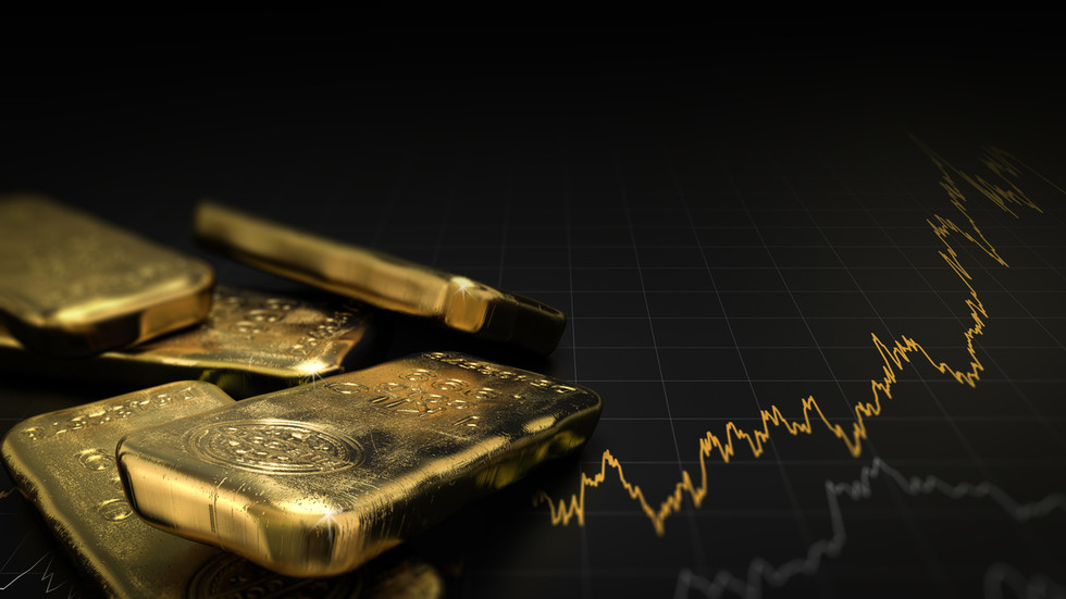 Inflation fears push gold & silver to three-month highs